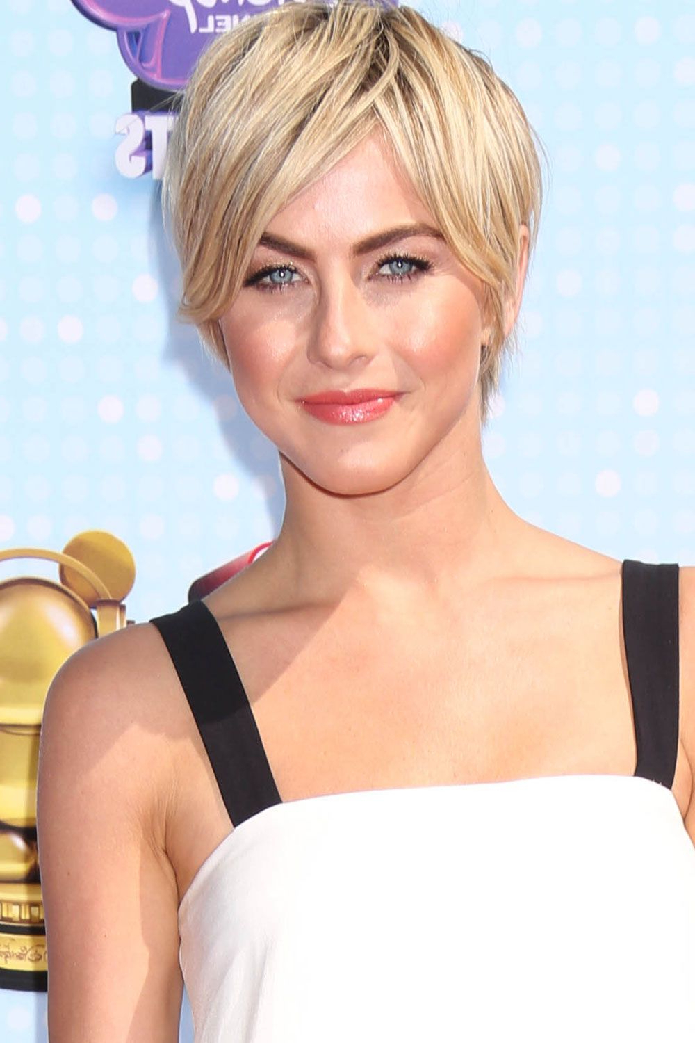 Most Stylish Celebrity Short Hairstyles   Faces   Pinterest   Disney In Julianne Hough Short Hairstyles (View 19 of 25)