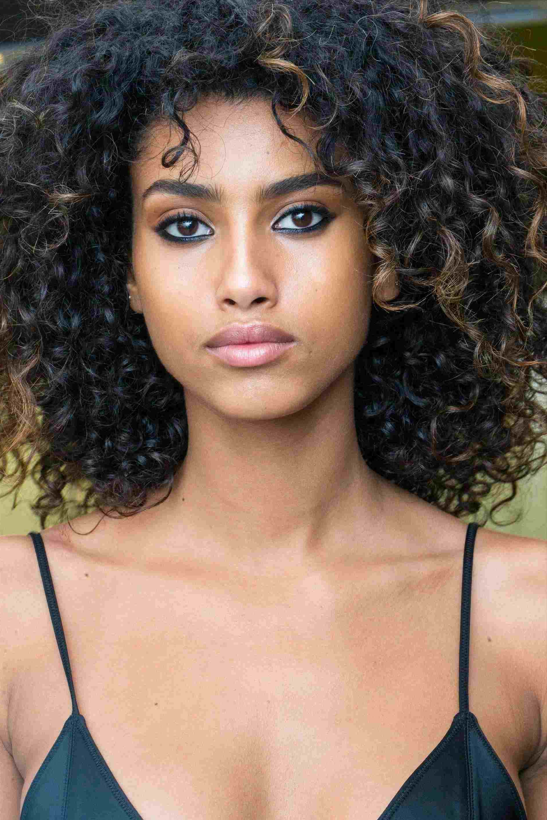 Natural Curly Hair Round Face Best Short Hairstyles For Round for Natural Short Hairstyles For Round Faces