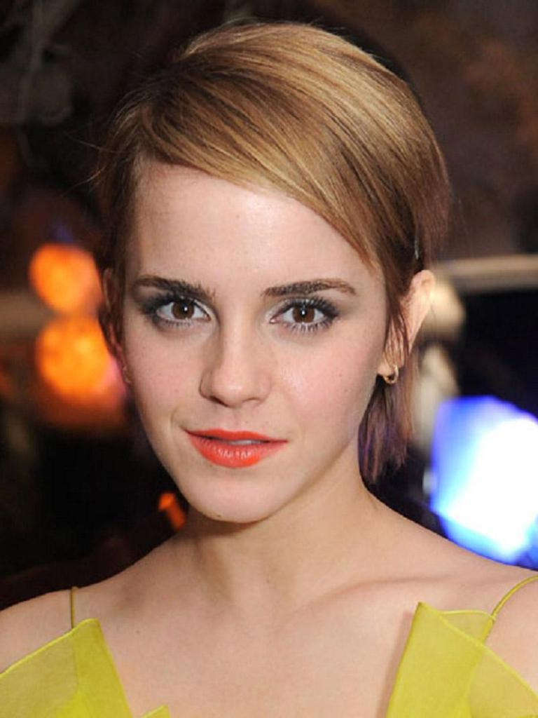 New Short Hairstyles For Oblong Faces 2015 — Classic Style in Short Hairstyles For Oval Faces And Thick Hair
