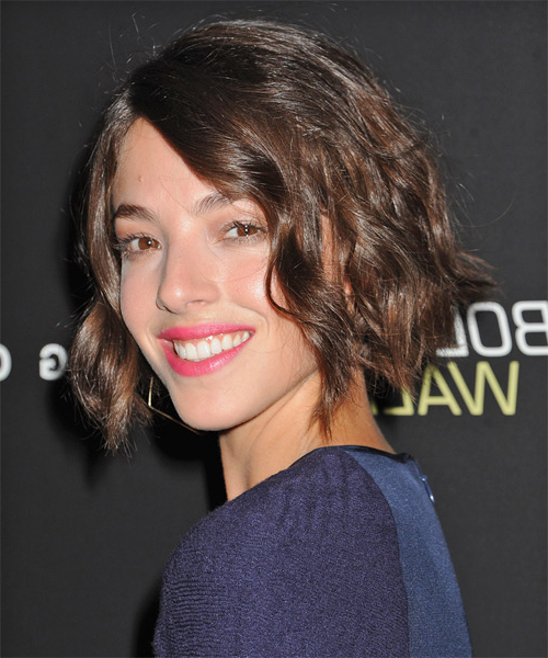 Olivia Thirlby Short Wavy Casual Layered Bob Hairstyle - Dark intended for Brunette Bob Haircuts With Curled Ends