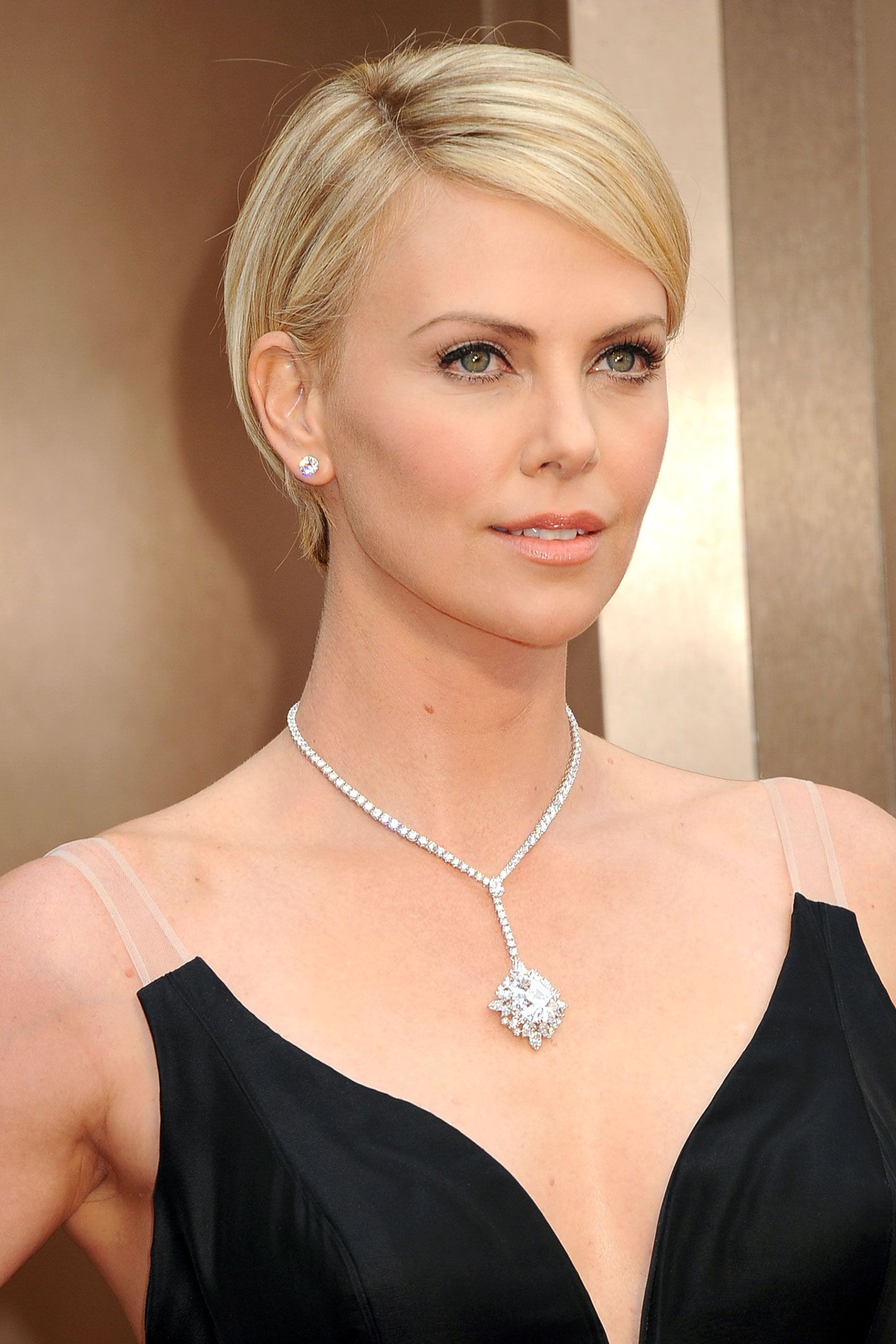 Oscars Jewelry: 7 Sparkling Standouts | Diamonds Are A Girl's Best inside Charlize Theron Short Haircuts