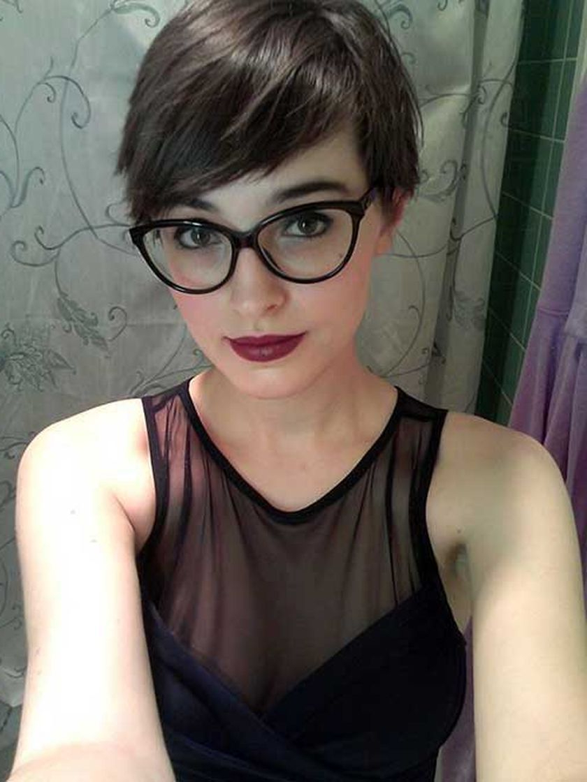 Pinann Dubose On Hair Styles In 2018   Pinterest   Hair, Short Intended For Short Haircuts With Bangs And Glasses (View 21 of 25)