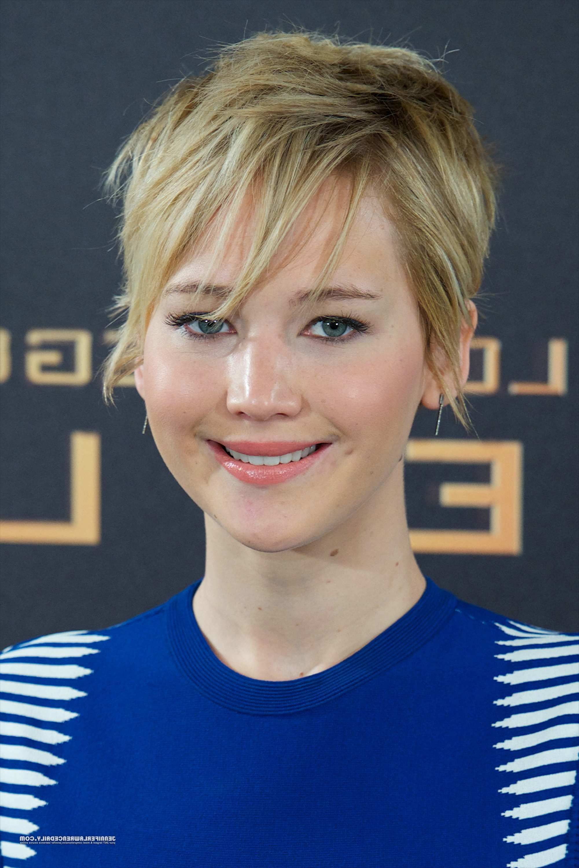 Pinjessica Anguiano On Jennifer Lawrence   Pinterest   Jennifer Intended For Fire Red Short Hairstyles (View 17 of 25)