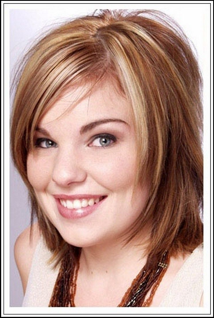 Pinkelly Tyree Buzzard On Hair N Make Up | Pinterest | Hair Within Short Hairstyles For Round Faces With Double Chin (View 10 of 25)