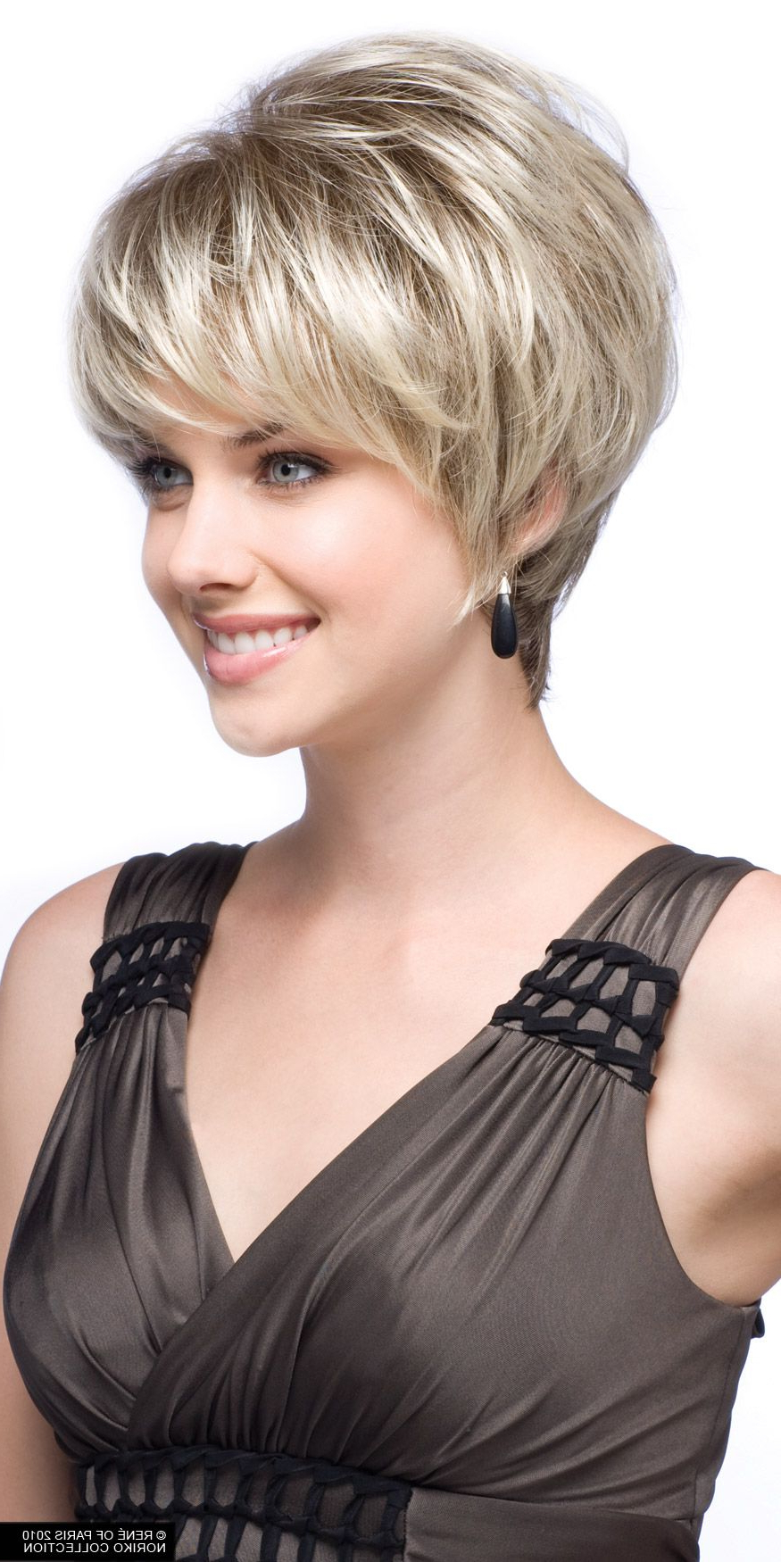 Pinrascal On Smiles In 2018 | Pinterest | Short Hair Styles With Wedge Short Haircuts (View 17 of 25)