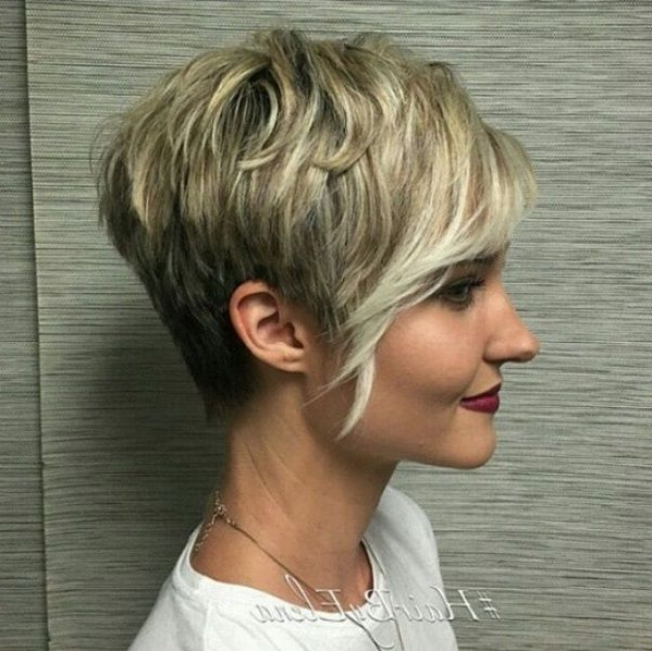 Pixie With Long Bangs And Highlighted Strands | Beauty In 2018 In Highlighted Pixie Bob Hairstyles With Long Bangs (View 2 of 25)