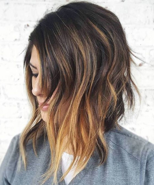 Pretty Angled Bob Hairstyles 2018 With Caramel Balayage Highlights With Regard To Perfectly Angled Caramel Bob Haircuts (View 16 of 25)