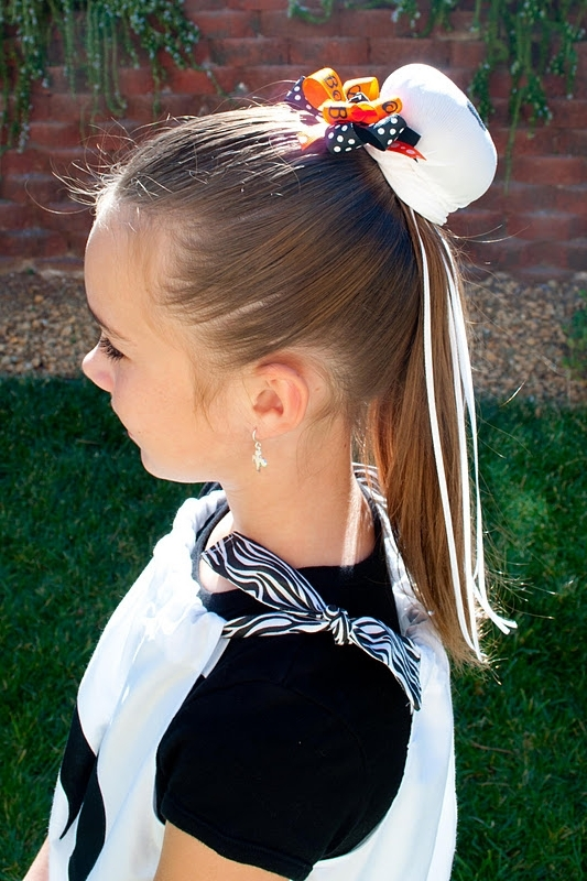 Princess Piggies: Haunted Hairstyle For Loosey Goosey Ponytail Hairstyles (View 17 of 25)