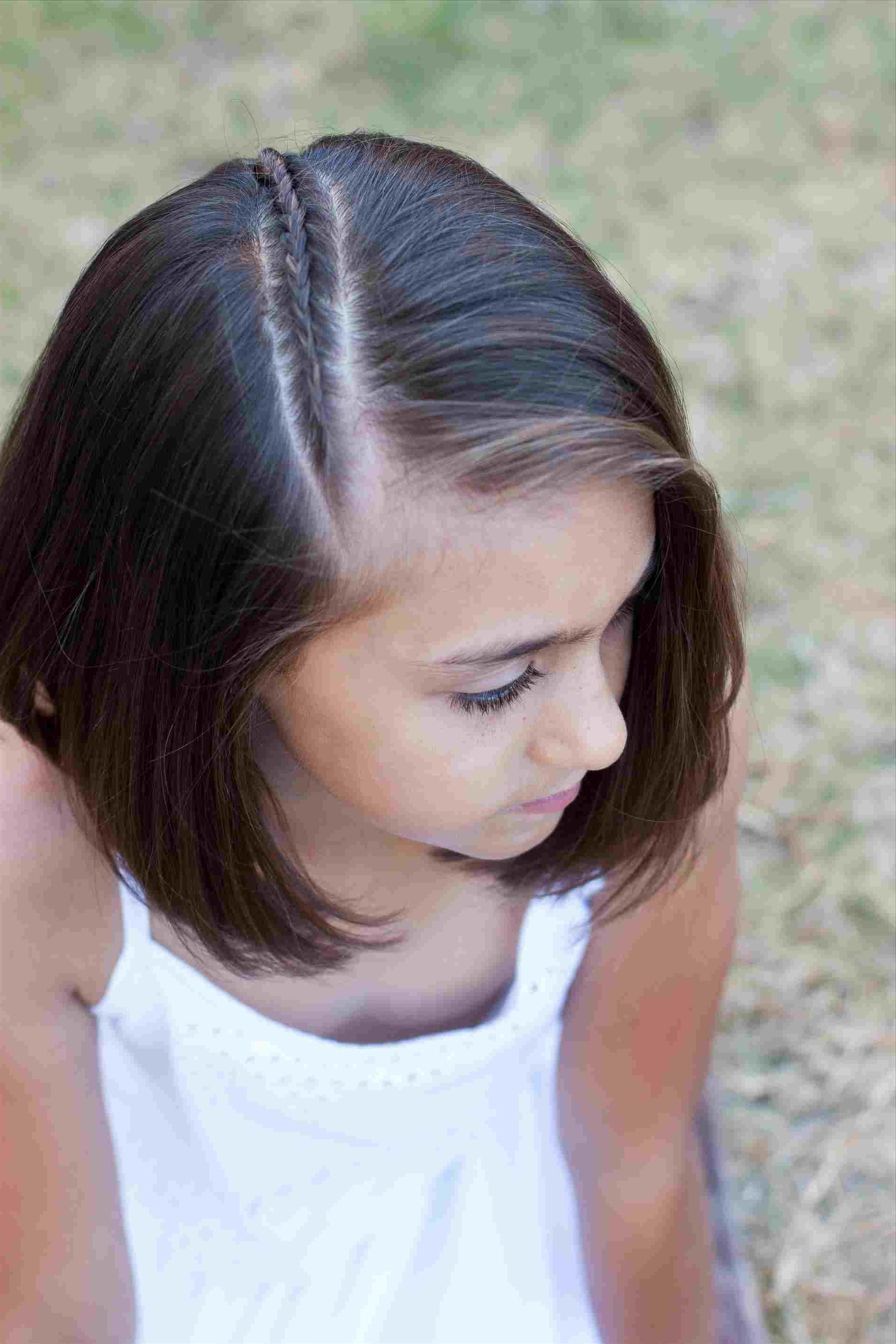 Rhmamukiscom Thick Hair Hairstylesrhshortshairstyleblogspotcom Short In Medium Short Haircuts For Thick Hair (View 24 of 25)