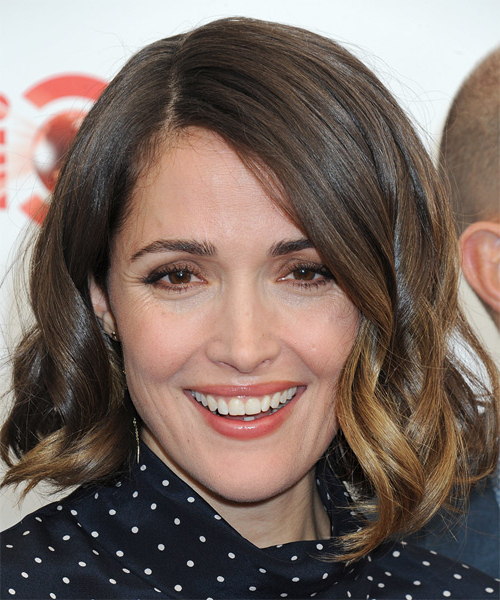 Rose Byrne Medium Wavy Formal Bob Hairstyle – Brunette Hair Color With Brunette Bob Haircuts With Curled Ends (View 23 of 25)