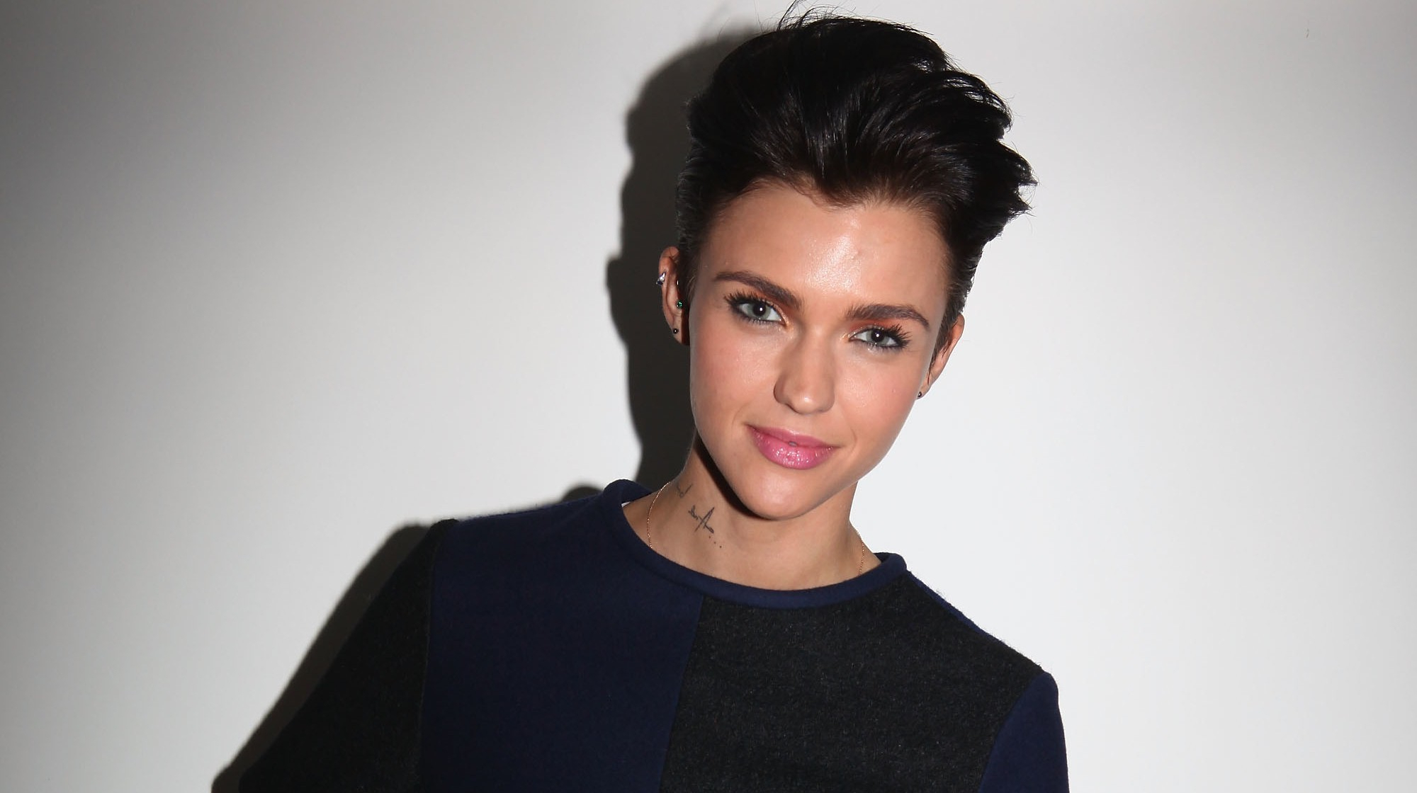 Ruby Rose In Short Hair Style Pics | Hd Wallpapers With Ruby Rose Short Hairstyles (View 3 of 25)
