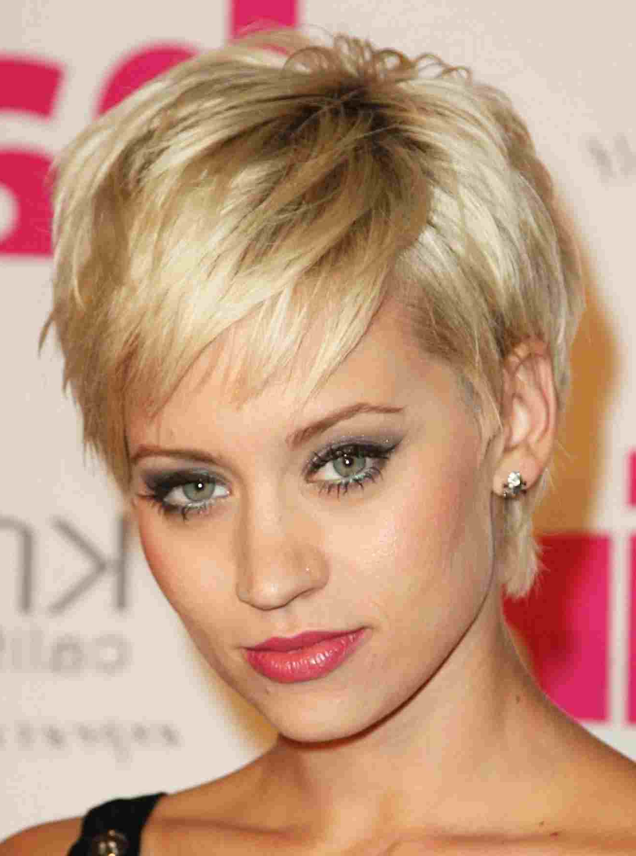 S Plus Size Best Rhwapsiteus Hairstyle Neck Of Rhhollywoodhillsus Inside Short Hairstyles For Round Faces With Double Chin (View 24 of 25)