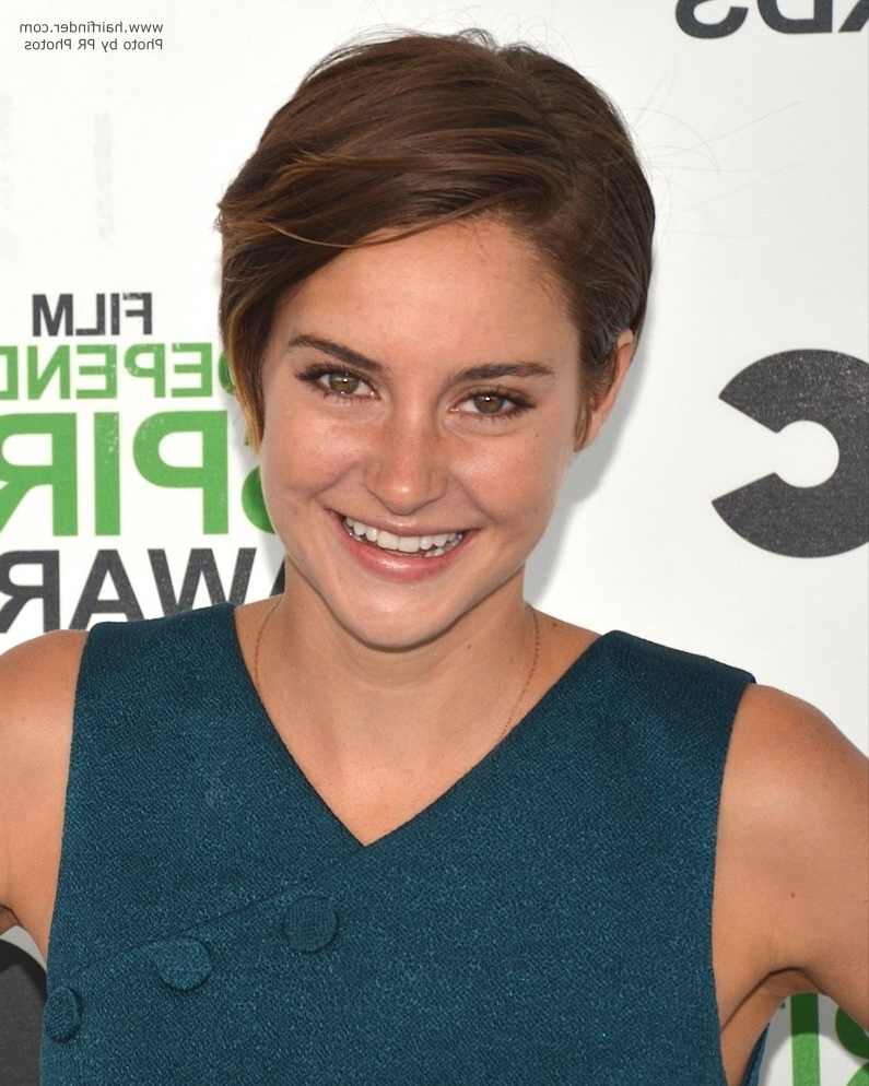 Shailene Woodley With Her Hair In A Low Maintenance And Wearable Pixie Intended For Easy Maintenance Short Hairstyles (View 13 of 25)