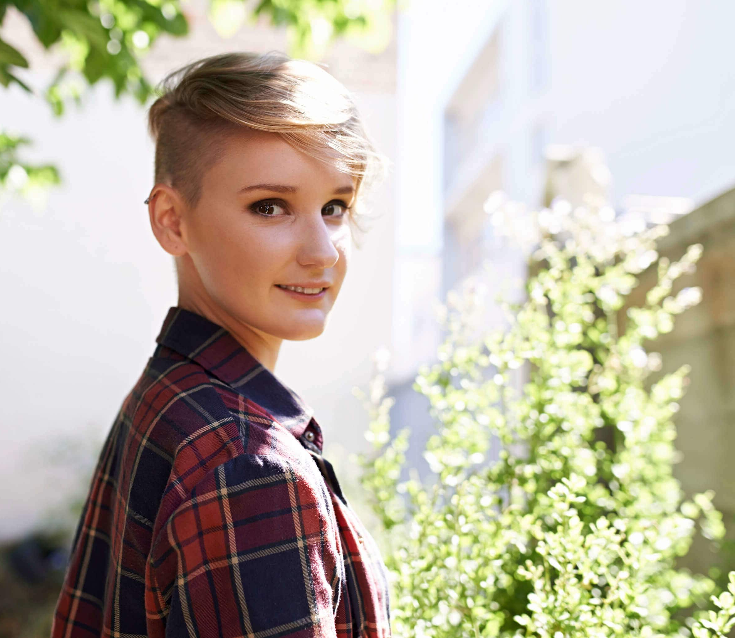Shaved Hairstyles For Women: 6 Short Hairstyles To Inspire With Short Hairstyles One Side Shaved (View 18 of 25)