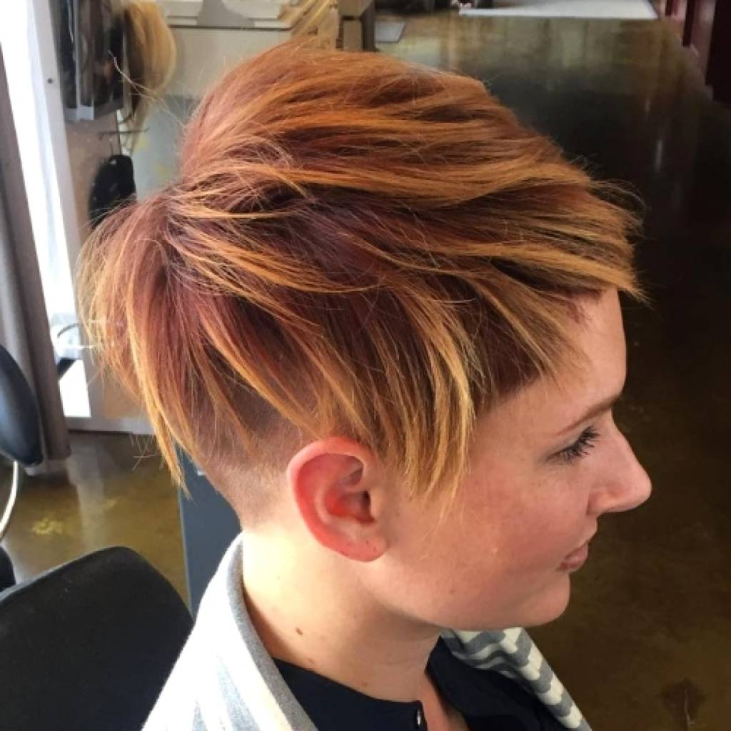 Short Blonde Hair With Red Streaks – Curlyhairstyles (View 20 of 25)
