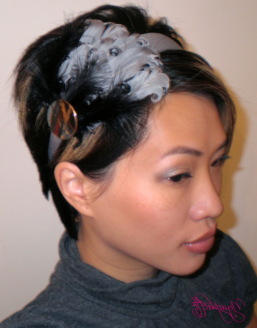 Short Bob Hairstyles: Cool Feathered Headband Hairstyle For Girls In Cute Short Hairstyles With Headbands (View 20 of 25)