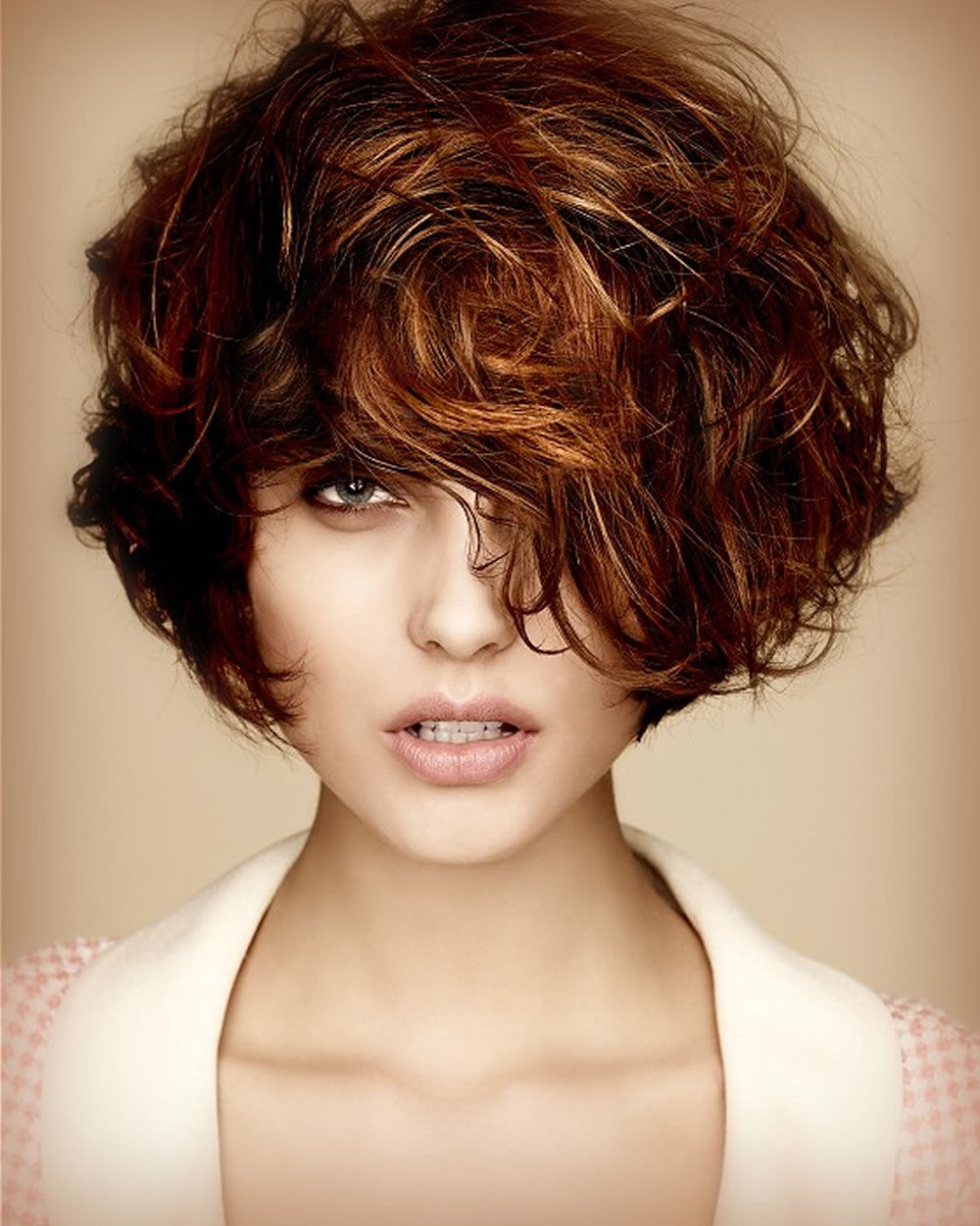 Short Bob Hairstyles & Haircuts For Women 2018 2019 Messy Short With Messy Short Haircuts For Women (View 19 of 25)
