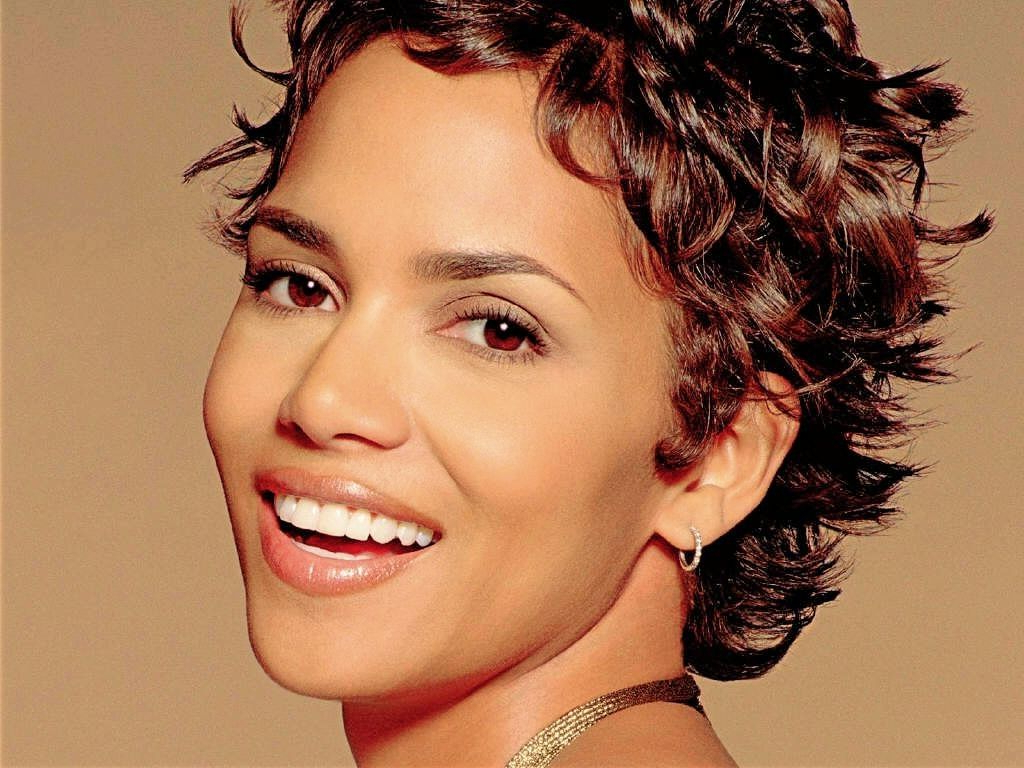 Short Curly Hairstyles With A Fringe   Hair Cuts For Curly Hair In Short Curly Hairstyles For Over (View 12 of 25)