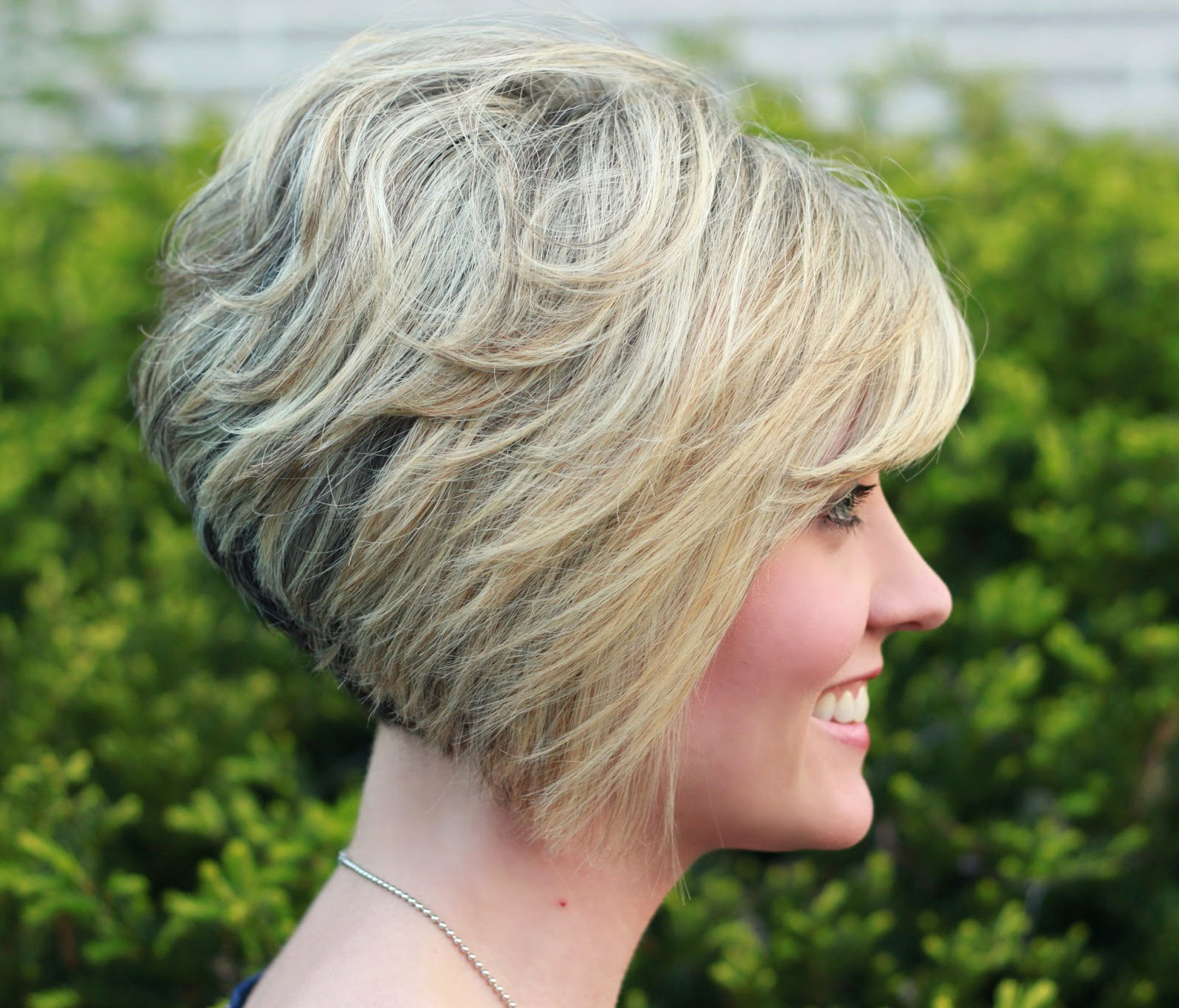 Short Curly Inverted Bob Hairstyles 22 Cute Inverted Bob Hairstyles For Inverted Short Haircuts (View 21 of 25)