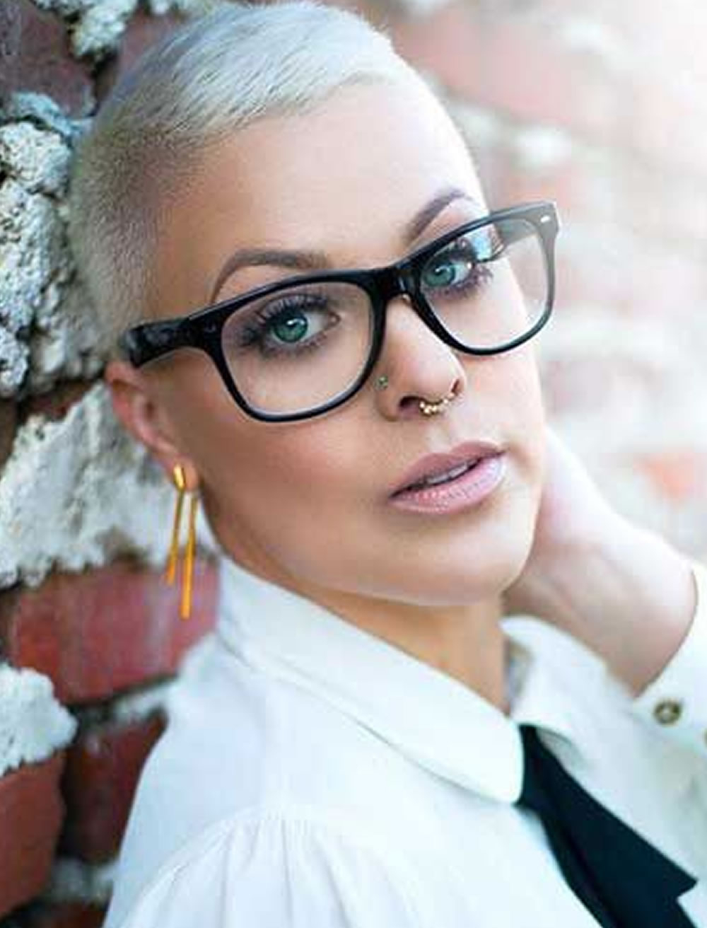 Short Grey Hair For Women With Glasses – Hairstyles Pertaining To Short Haircuts For Girls With Glasses (View 5 of 25)