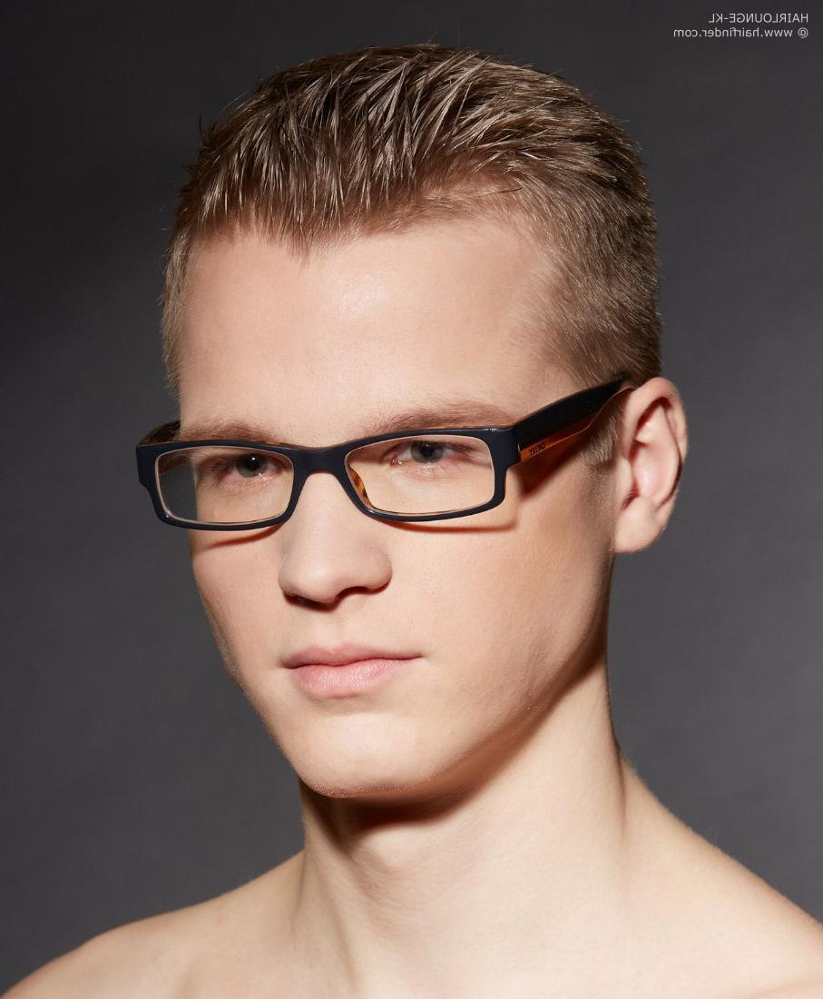 Short Hair And Rectangular Glasses For Men Inside Short Hairstyles For Glasses Wearers (View 23 of 25)