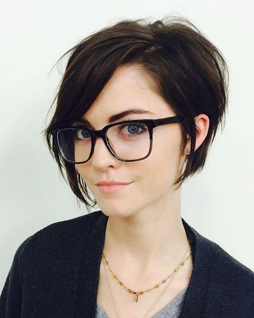Short Hair Pixie Cut Hairstyle With Glasses Ideas 65   Hair In 2018 Regarding Short Haircuts With Bangs And Glasses (View 7 of 25)