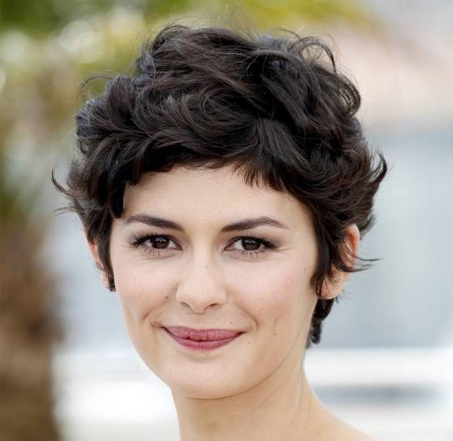 Short Haircuts For Round Face And Curly Thick Hair For Short Curly Intended For Short Haircuts For Wavy Hair And Round Faces (View 15 of 25)