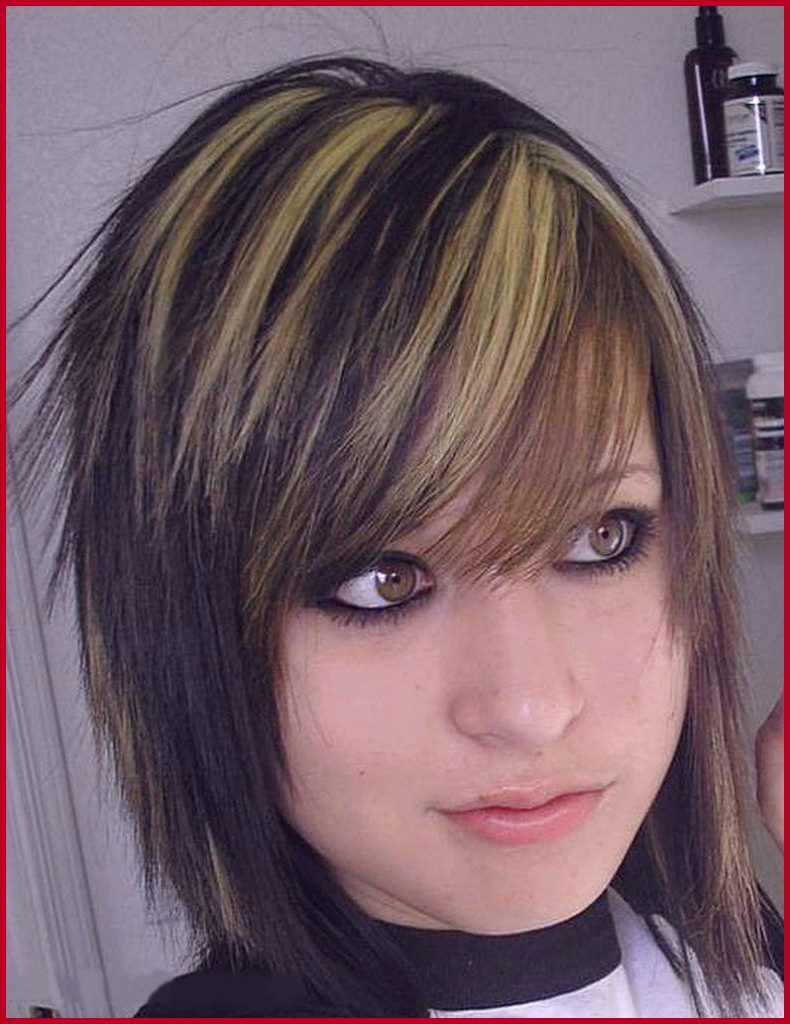 Short Haircuts For Teenage Girls Images – Karmashares Llc Within Teenage Girl Short Hairstyles (View 18 of 25)