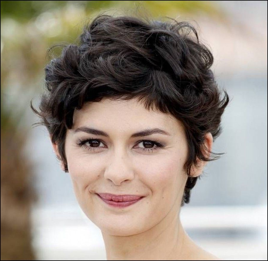 Short Haircuts For Thick Curly Hair And Round Faces   Hair In 2018 Pertaining To Short Hairstyles For Round Faces Curly Hair (View 2 of 25)