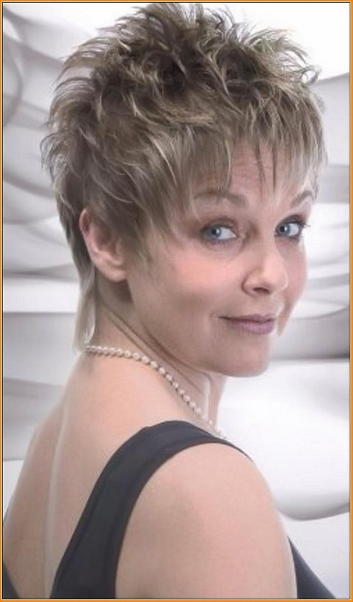 Short Haircuts For Women With Round Faces And Fine Hair – Hairstyles Pertaining To Short Haircuts For Women Over  (View 21 of 25)