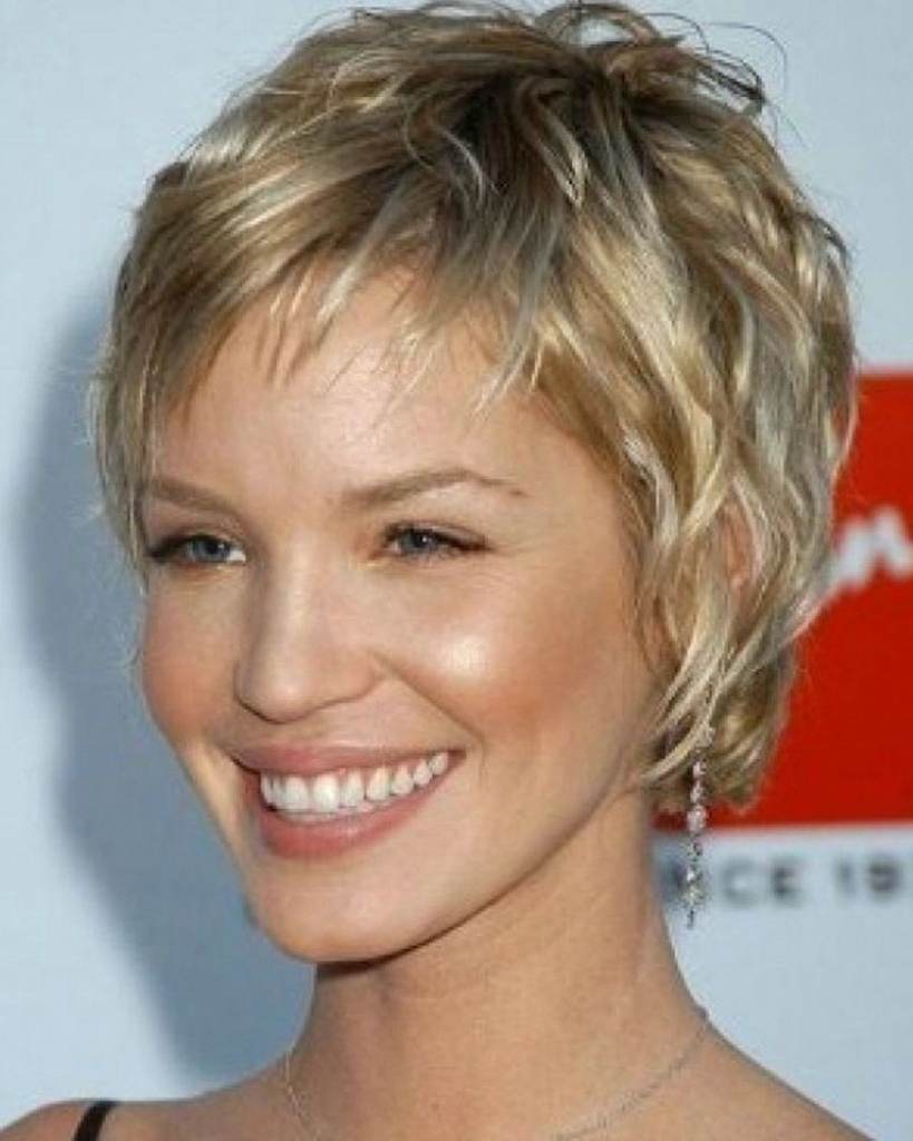 Short Haircuts Over 40 – Hairstyles Ideas Inside Short Haircuts For Women Over  (View 12 of 25)