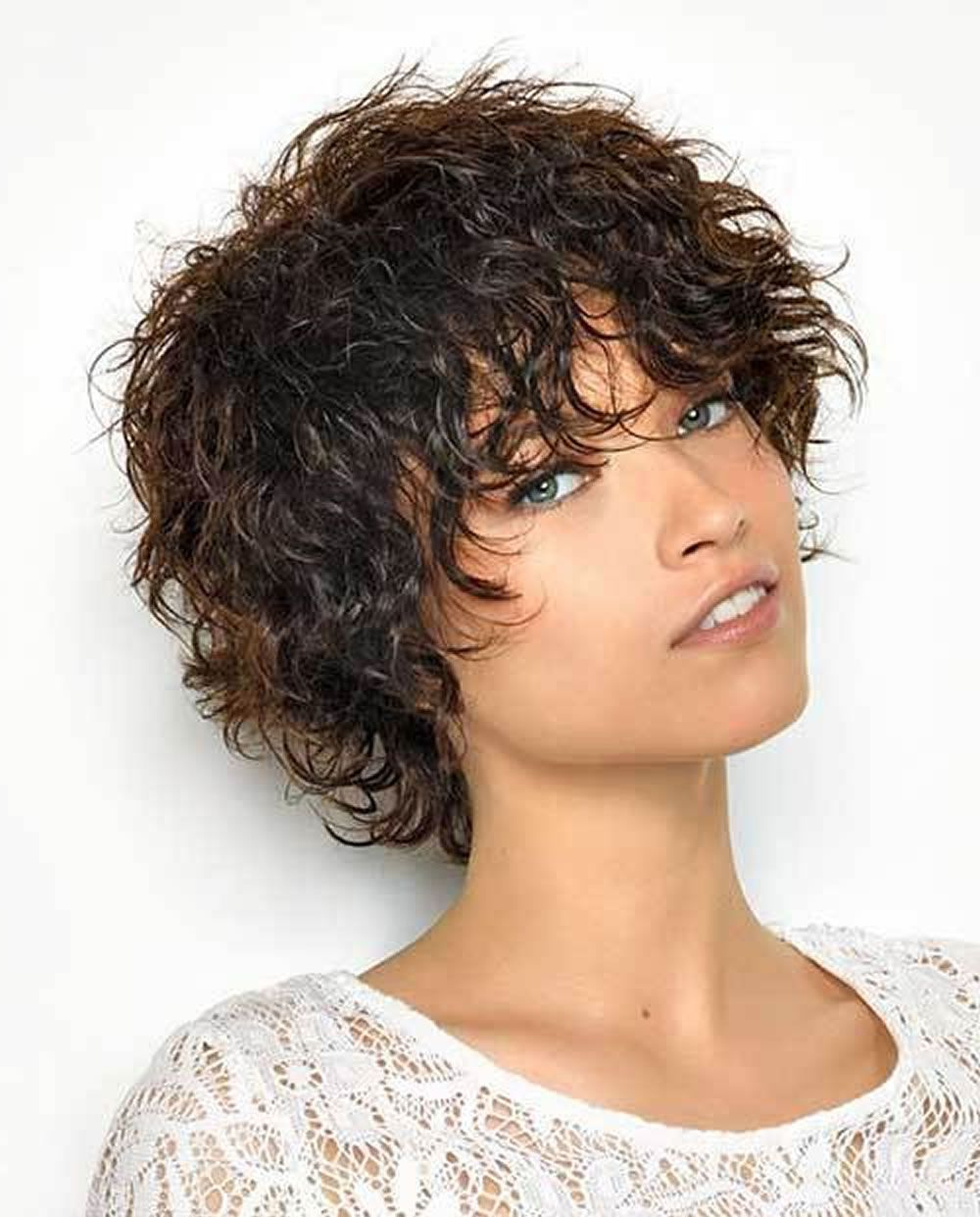 Short Hairstyles For Curly Hair 2019 | Latest Hairstyles For Women Throughout Short Haircuts For Women Curly (View 7 of 25)