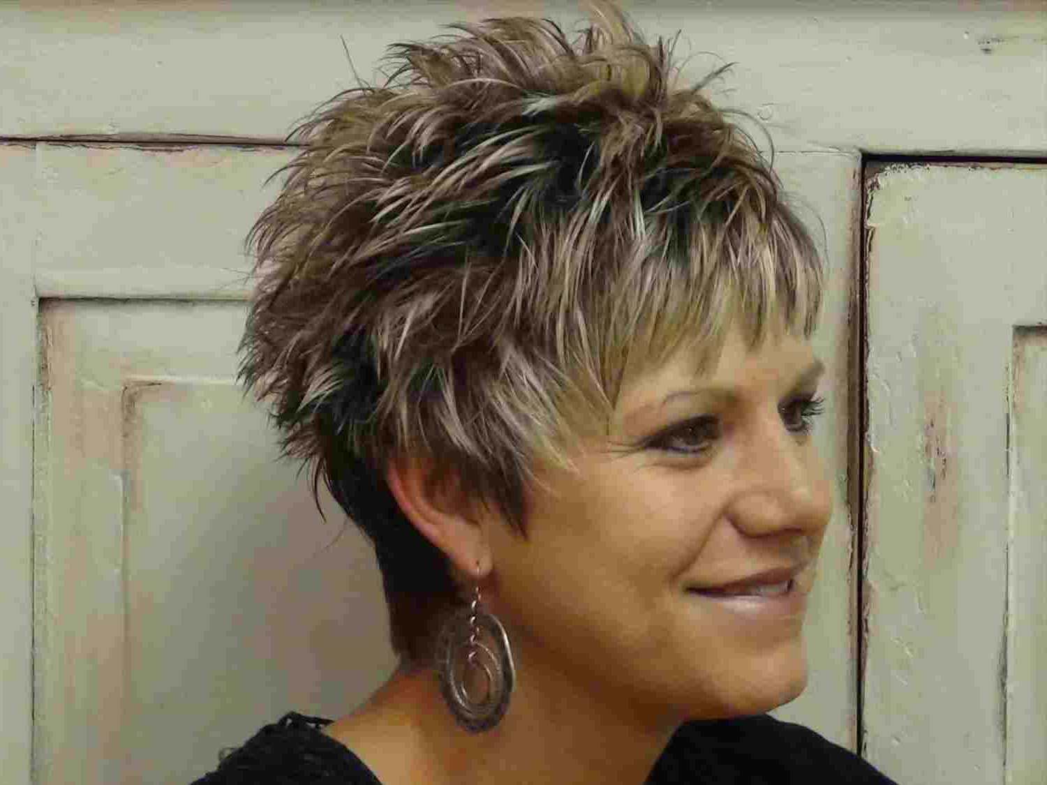 Short Hairstyles For Fat Women Over 40 | Nawabfusiongrill Regarding Short Hairstyles Fine Hair Over  (View 24 of 25)