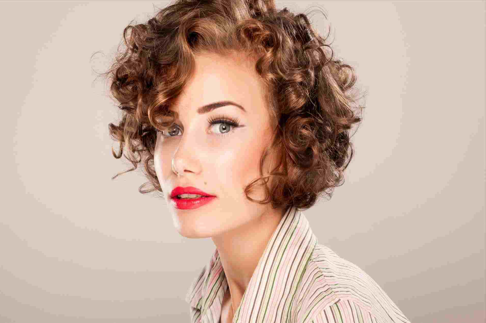 Short Hairstyles For Fine Curly Hair 2018 Women U Perfect Rhlifecom In Short Fine Curly Hairstyles (View 22 of 25)