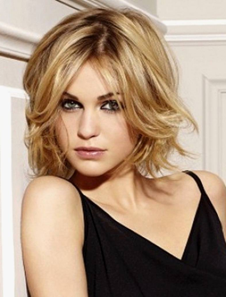 Short Hairstyles For Fine Hair Oval Face – Amazinghairstyle (View 16 of 25)