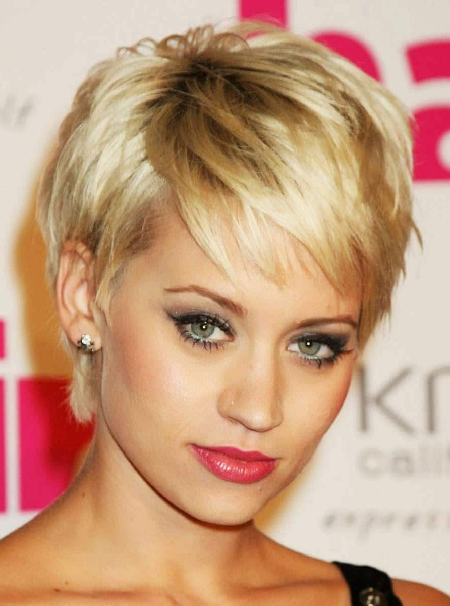 Short Hairstyles For Fine Hair – Short And Cuts Hairstyles Throughout Short Hairstyles With Bangs For Fine Hair (View 9 of 25)