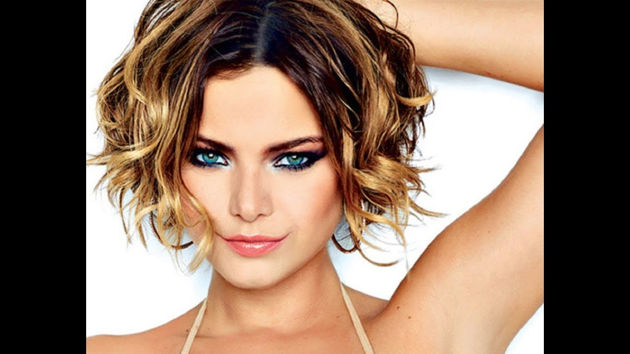 Short Hairstyles For Wavy Hair – Youtube Inside Short Cuts For Wavy Hair (View 20 of 25)
