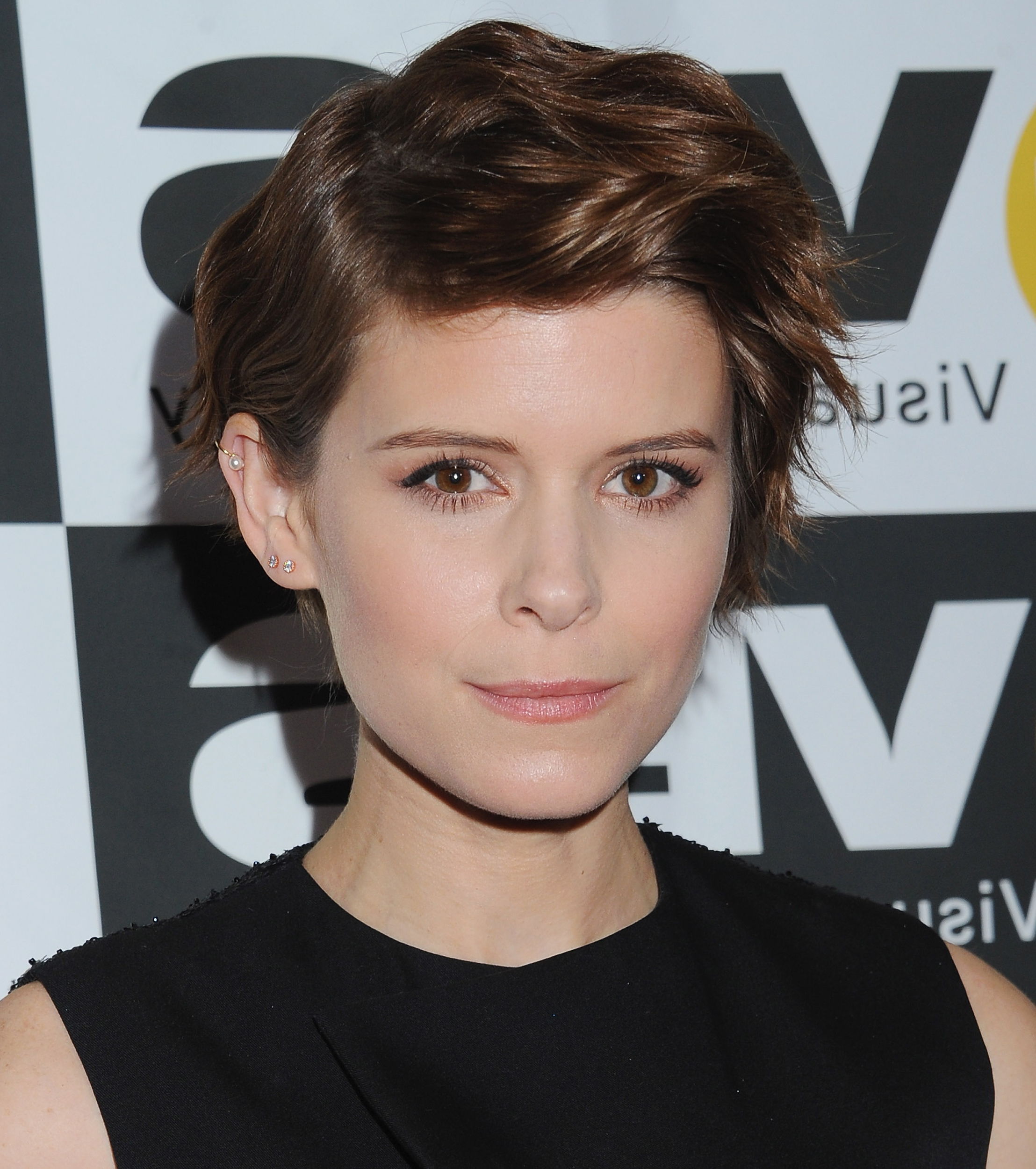 Short Hairstyles Inspiredcelebrity 'dos With Short Haircuts For Small Foreheads (View 7 of 25)