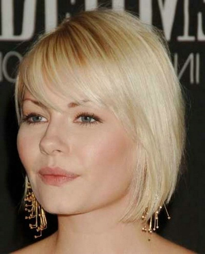 Short Hairstyles With Bangs For Sporty Girls : Simple Hairstyle Regarding Sporty Short Haircuts (View 20 of 25)