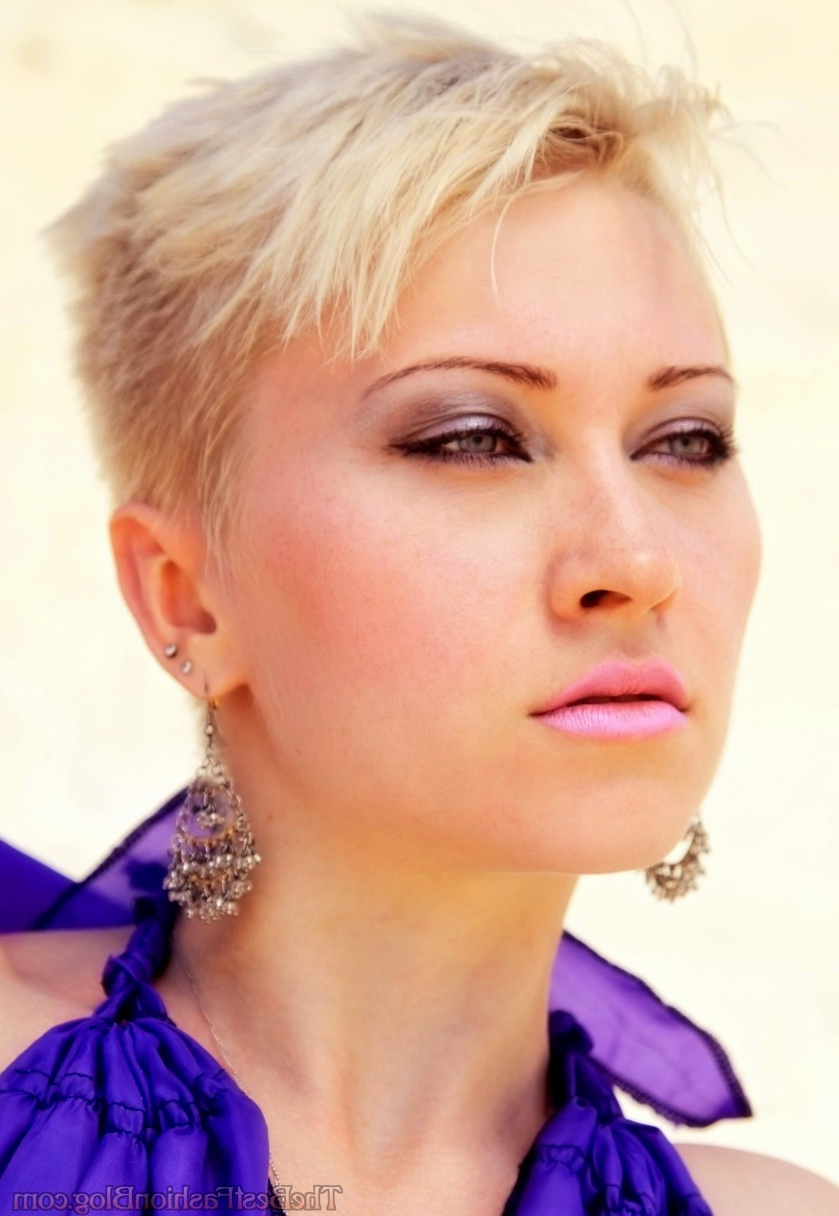 Short Hairstyles With Shaved Sides Pixie Hairstyles With Shaved Side In Short Hairstyles Shaved Side (View 25 of 25)