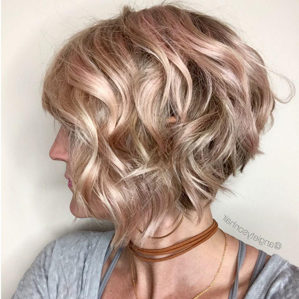 Short Layered Bob Hairstyles For Curly Hair Women Medium Haircut Bob With Wavy Sassy Bob Hairstyles (View 13 of 25)