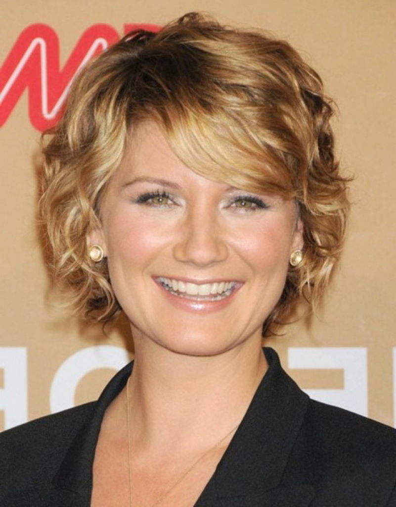 Short Layered Hairstyles For Fine Hair Over 50 Hairstyle For Women Inside Short Layered Hairstyles For Fine Hair Over  (View 25 of 25)