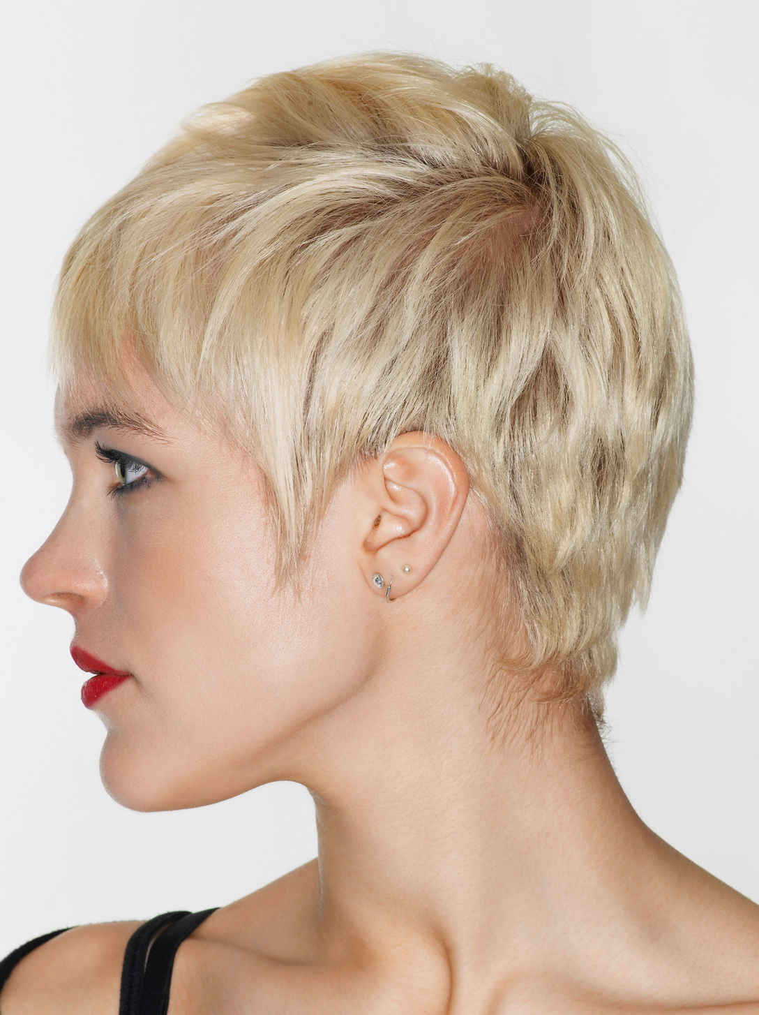 Short Layered Pixie Haircut For Inverted Triangle And Heart Faces 2018 Pertaining To Pixie Layered Short Haircuts (View 12 of 25)