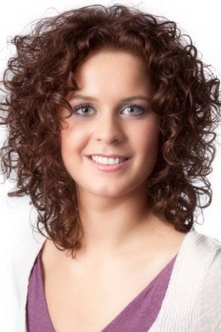 Short Naturally Curly Hairstyles For Round Faces | Hair And Hairstyles For Naturally Curly Short Haircuts (View 20 of 25)