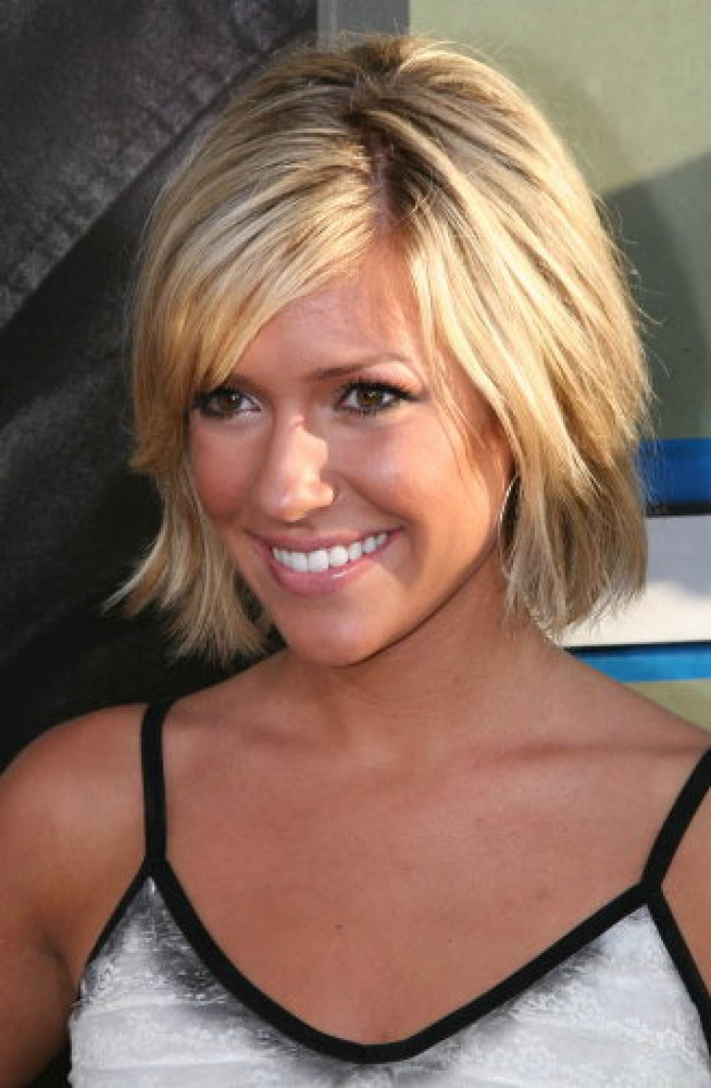 Short To Medium Hairstyles For Fine Hair – Leymatson Inside Short To Medium Haircuts (View 13 of 25)