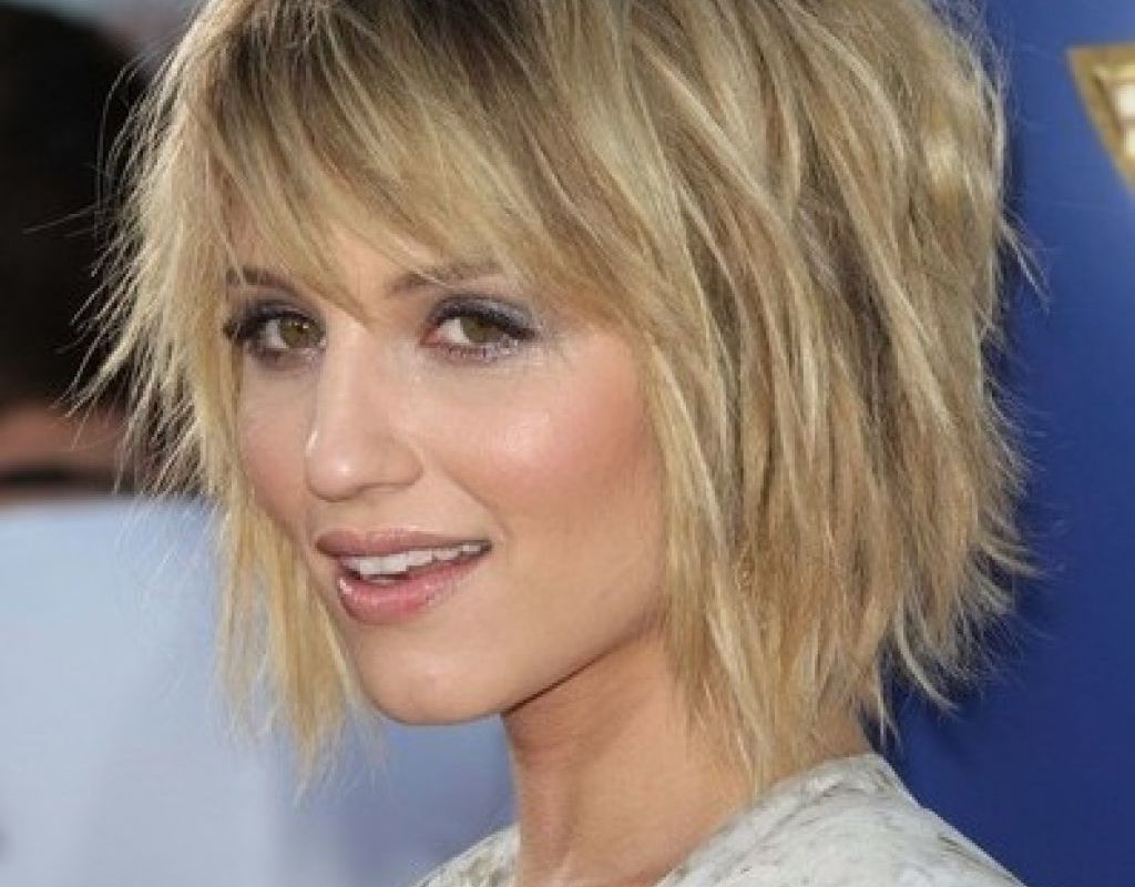 Short To Medium Layered Hairstyles For Fine Hair – Hairstyle For Pertaining To Short To Medium Hairstyles With Bangs (View 13 of 25)