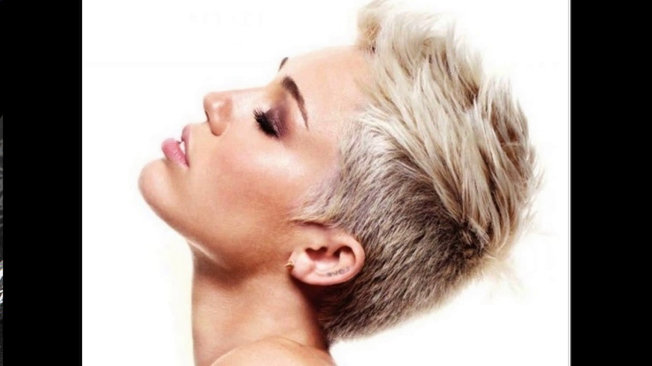 Short Wedge Haircuts For Fine Hair – Youtube For Wedge Short Haircuts (View 18 of 25)