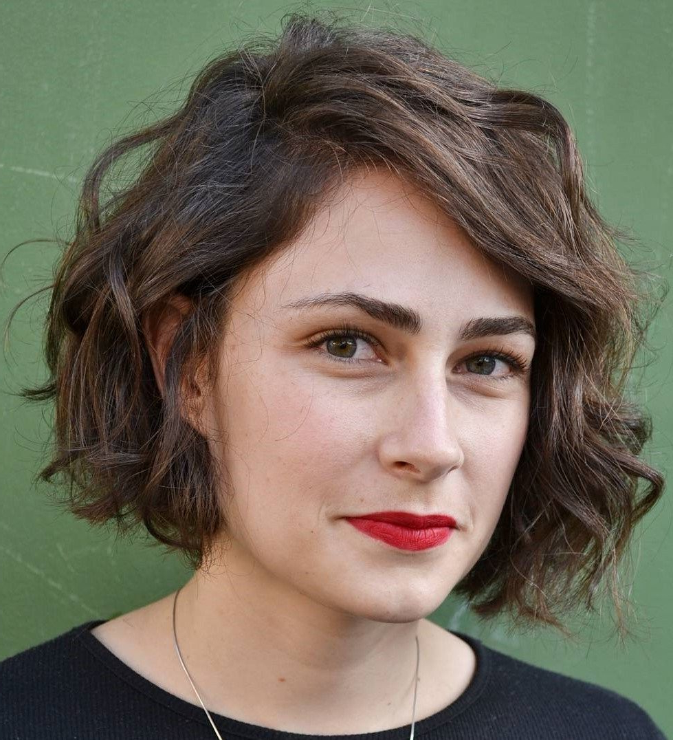 Featured Photo of Side Parted Messy Bob Hairstyles For Wavy Hair