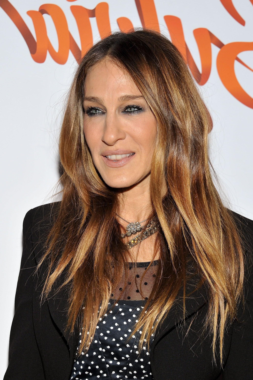 Sjp Conta Suas Semelhanças E Diferenças Com Carrie Bradshaw | Hair Inside Carrie Bradshaw Short Hairstyles (View 15 of 25)