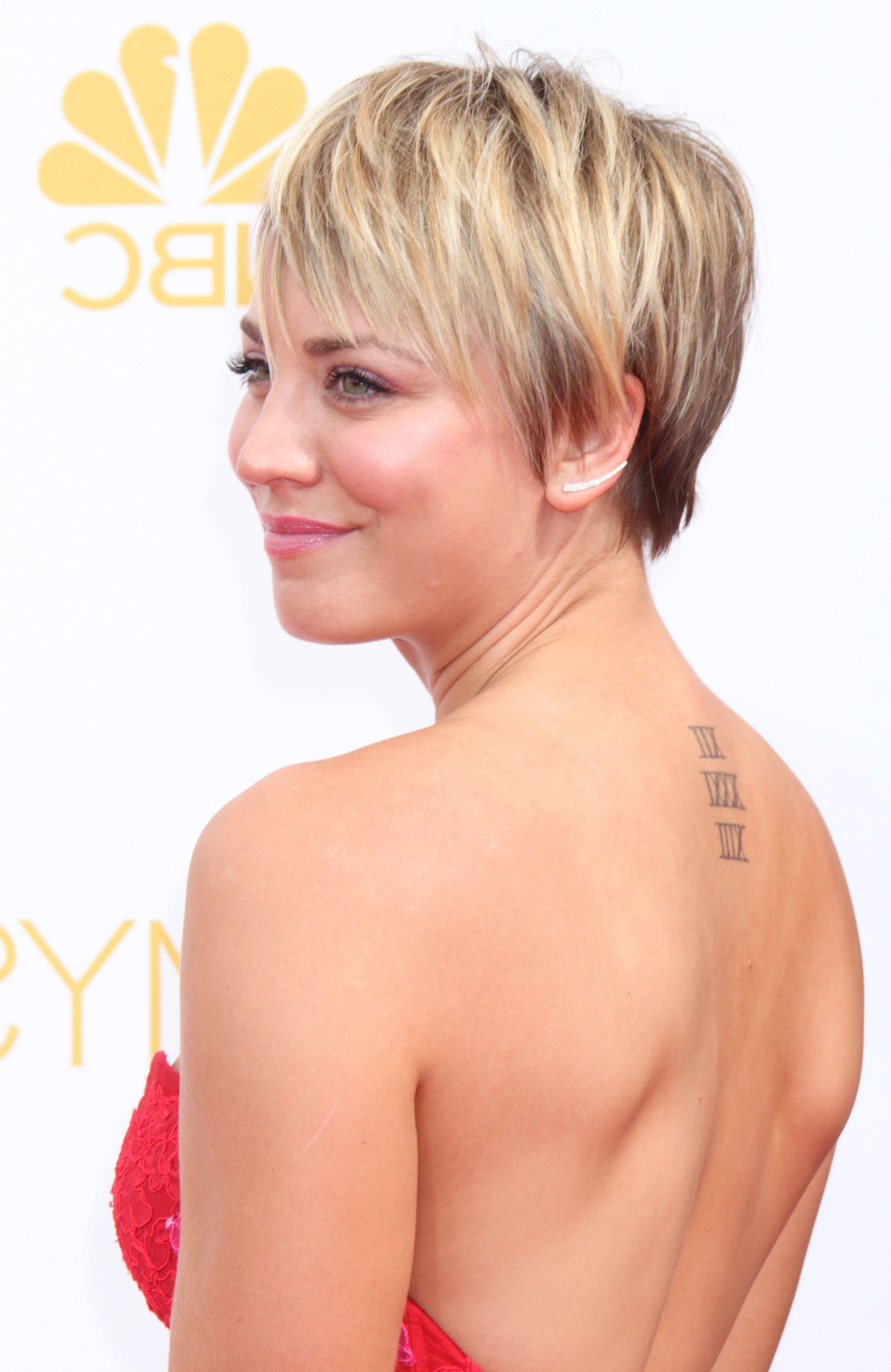 So, This Is Kinda Awkward | Style Stars | Pinterest | Short Hair Pertaining To Kaley Cuoco New Short Haircuts (View 8 of 25)